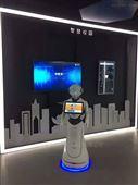 濟南中國移動5G自主導航展廳迎賓講解機器人