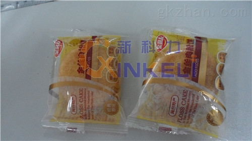 饼干自动包装机-旺旺雪饼包装机