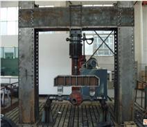 金属材料疲劳试验机