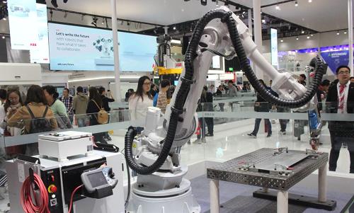 擬符合《工業機器人行業規范條件》的企業名單公示