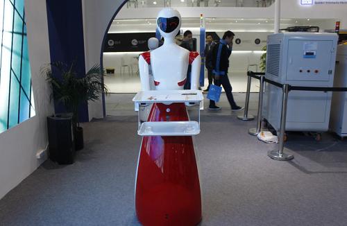 猎豹移动公布Q3财报:净利润4.9亿,服务机器人将成新流量入口