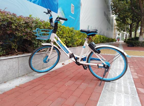 面对共享单车的行业集体涨价潮,网友们都怎么看?