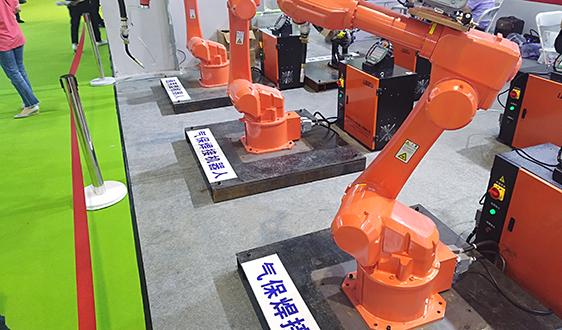 政策红利助推工业机器人发展 未来新机遇在哪?